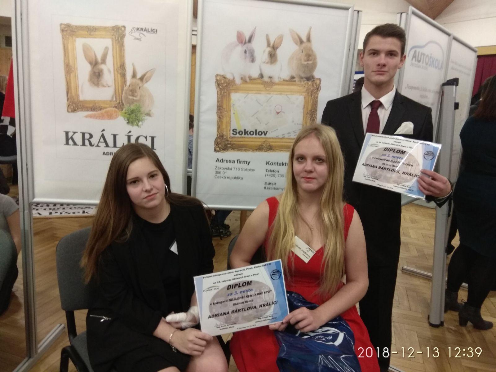 Mladí podnikatelé uspěli na veletrhu fiktivních firem v Plzni  f4b6da0653